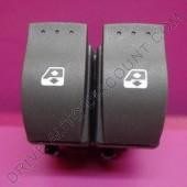 Contacteur bouton de lève-vitres électrique arrière Renault Grand Scenic II Confort